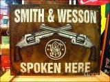 ブリキ看板 Smith&Wesson 対話 2