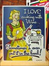 ブリキ看板 ワインと一緒に料理する