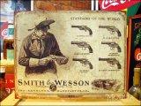 ブリキ看板 S&W 拳銃カタログ