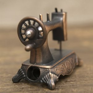 画像3: アンティークシャープナー ミシン 鉛筆削り