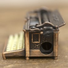 詳細写真2: シャープナー タイプライター / 鉛筆削り ミニチュア