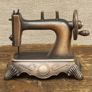 画像2: アンティークシャープナー ミシン 鉛筆削り